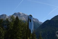 Not Vital (artist's name) sculpture garden, Sent